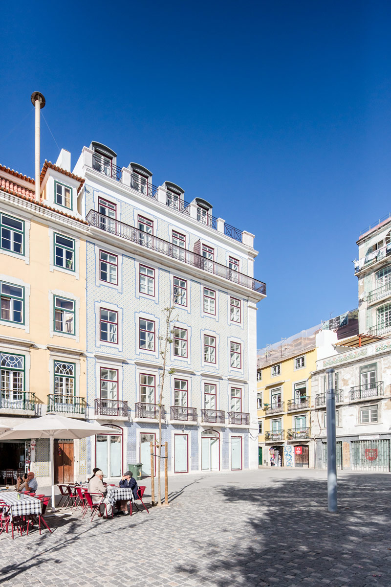 Edifício-Multifamiliar-Rua-dos-Bacalhoeiros-Lisboa1
